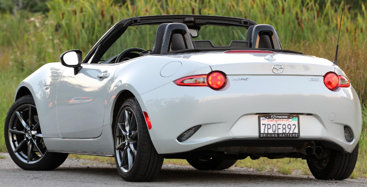 2022 Mazda MX-5 Miata Gas Mileage