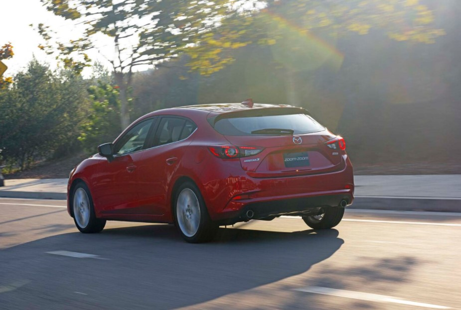 new 2021 mazda 3 cargo space, gas changes, price