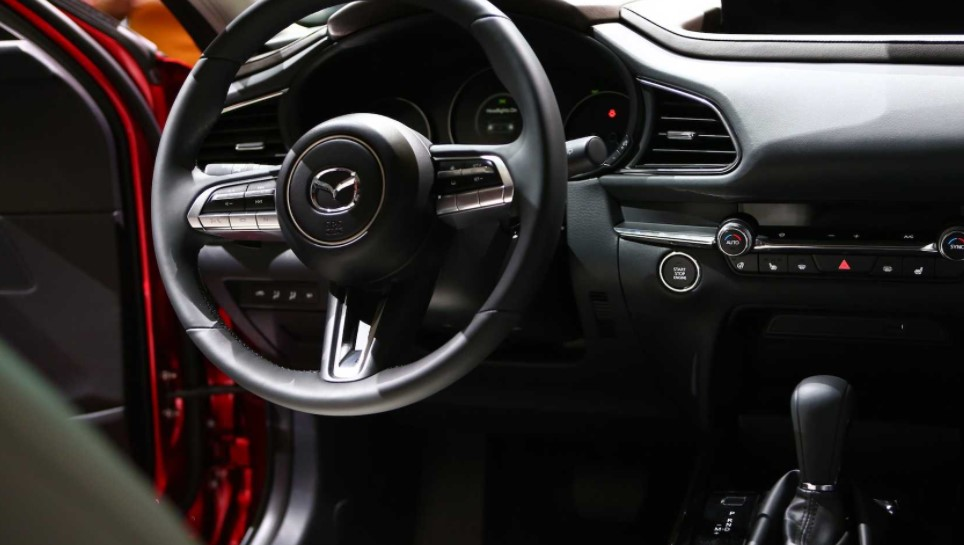 2022 Mazda CX-30 Astina Interior Change